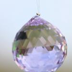 Boule à facettes colorée ou transparente